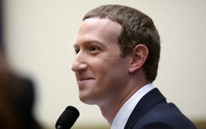 zuckerberg-smiling-060620-01